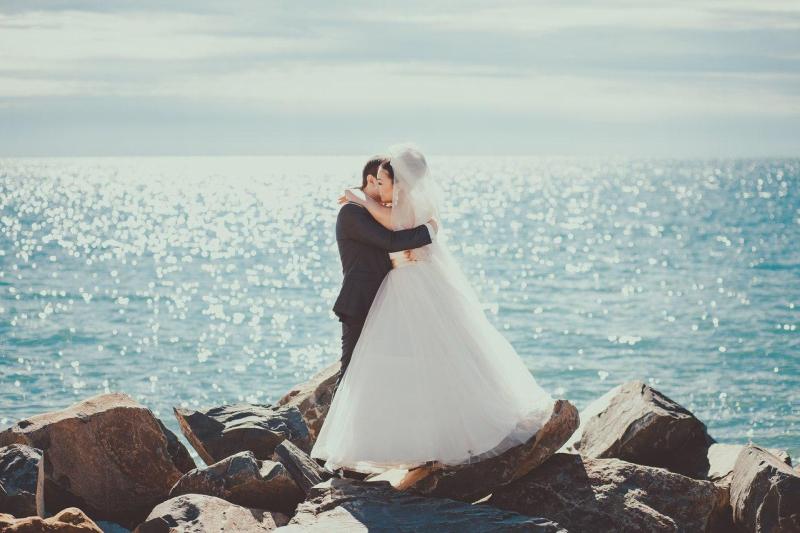 Свадьба у моря в отеле Апельсин
