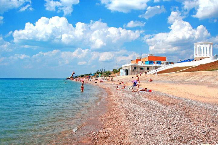 Пляж базы Скиф в Николаевке Крым