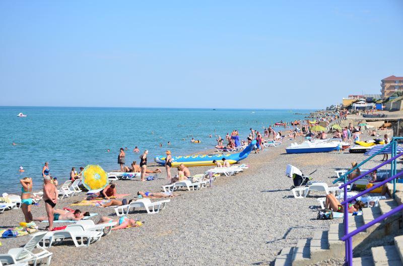 Пляж в поселке Николаевка