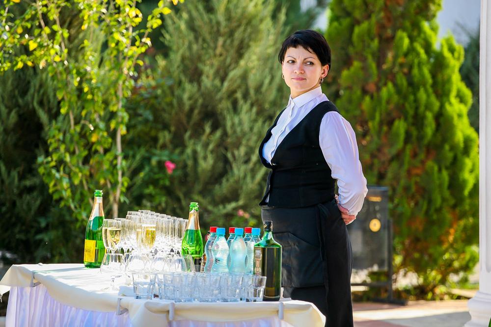 Персонал отеля Николаевки для свадьбы